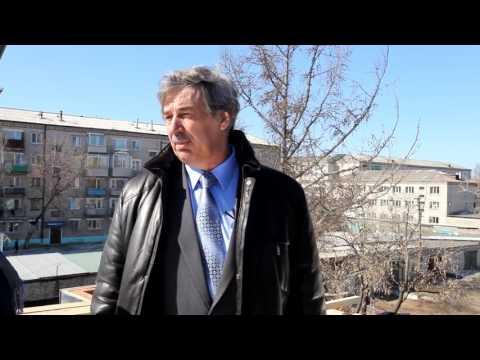 Мэр Шимановска на крыше проверяет ход КАПРЕМОНТА.  март 2017 ШТВ