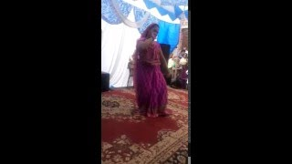 hot girl best dance in saari..funny and comedy viral video ever