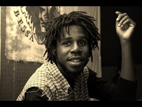 Chronixx Performed Smile Jamaica/Beat and A Mic Live | Hartford, Connecticut |