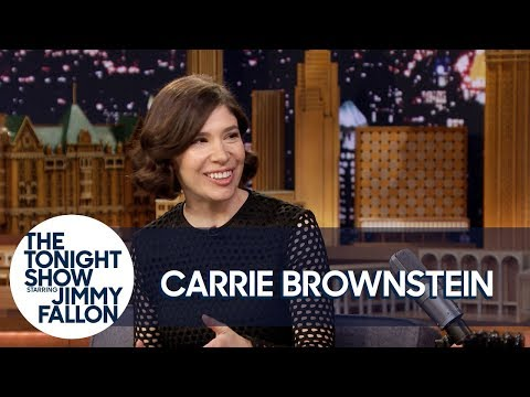 Carrie Brownstein Is a Proud Member of The Bachelor Nation
