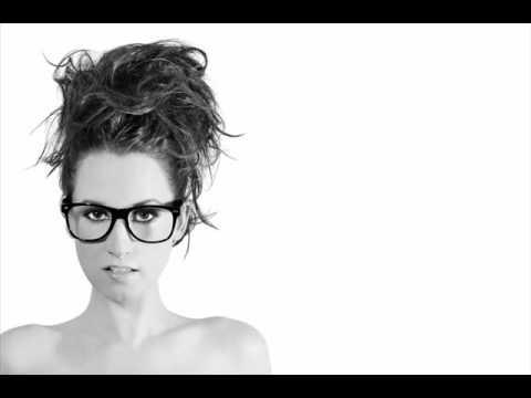 Parachute - Ingrid Michaelson (Karaoke/Instrumental) LYRICS ON SCREEN!