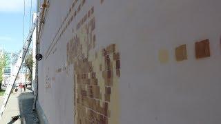 Нейросеть Яндекса и робот воссоздают древнюю фреску на доме