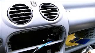 Remplacement de de la platine de commande de chauffage Twingo1 Phase 2 1997