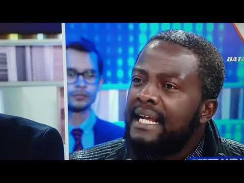 Tremenda entrevista AL emigrante negro de VOX manda a Elisa BENI a irse de España..