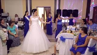 Танец на свадьбу,невеста и подруги