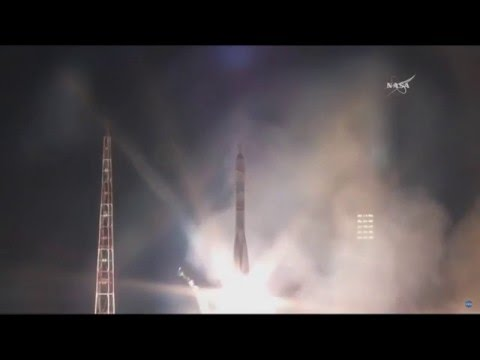 Soyuz launch replay. Expedition 47 crew to the ISS