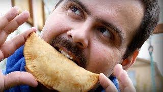 Рецепт крымских чебуреков. С мясом и сыром. Хрустящие