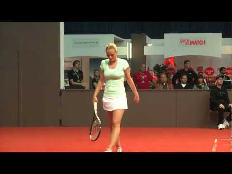 Match ball Agnes Szavay vs Yvonne Meusburger @ Porsche Tennis Grand Prix 2012