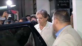 معالج روحاني برازيلي متهم بمئات الاعتداءات الجنسية يسلّم نفسه للشرطة…