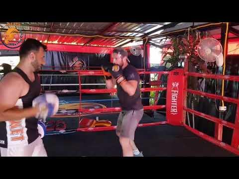 Boxing class with Alireza Yavari at ALI'S BOXING GYM
