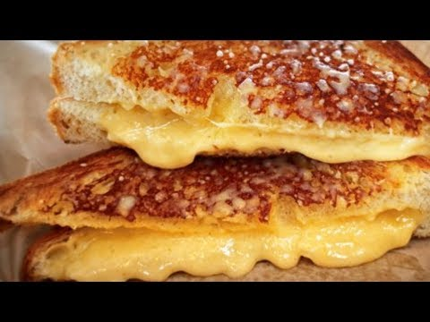 The Secret Ingredient You Should Be Using On Your Grilled Cheese!