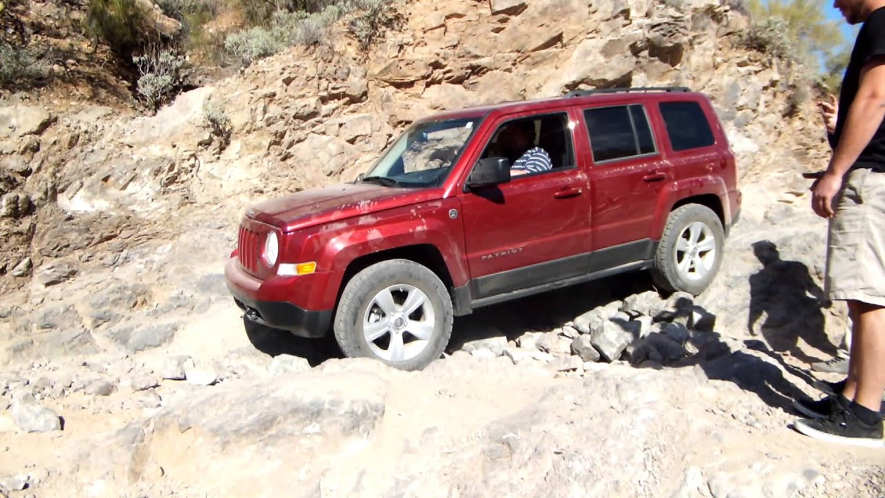 fdii jeep patriot off road coming down obstical box canyon. Black Bedroom Furniture Sets. Home Design Ideas