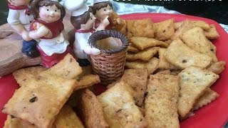 cheese masala crackers- cheese crackers-easy cheesy crackers recipe