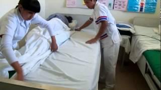 Instant video play 03 levantar al paciente de la cama al for Cama ocupada