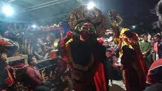 Samboyo putro lagu tetes banyu moto voc. Ika live pesantren kediri