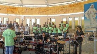 Viva Maria Choir & Marian Ecumenical Choir - Gospa Majka Moja, Zdravo (Mladifest Medugorje 2014)