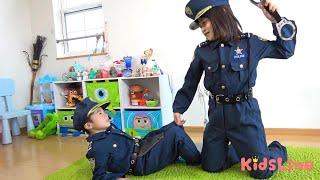 けいさつごっこ 初めてのパトロール 迷子?バブちゃん?おまわりさん こうくんねみちゃん patrol Police pretend
