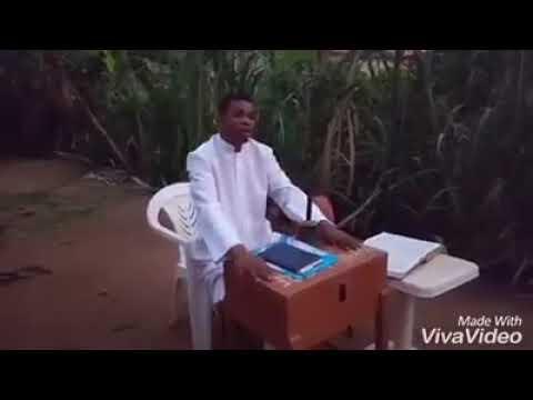 Download [Comedy skit] Ayo Ajewole (Woli Agba) - Testimony time in Woli Agba Church