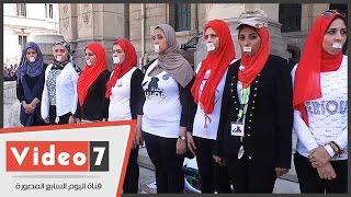 """""""مجندة مصرية"""" تطالب بالتجنيد الإجبارى للفتيات ..وطالب:""""ادخلوا الجيش وريحونا"""""""
