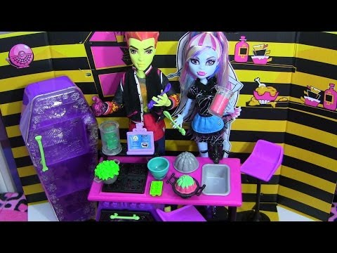 monster-high-home-ick-playset-review-video-!!!-:d!!