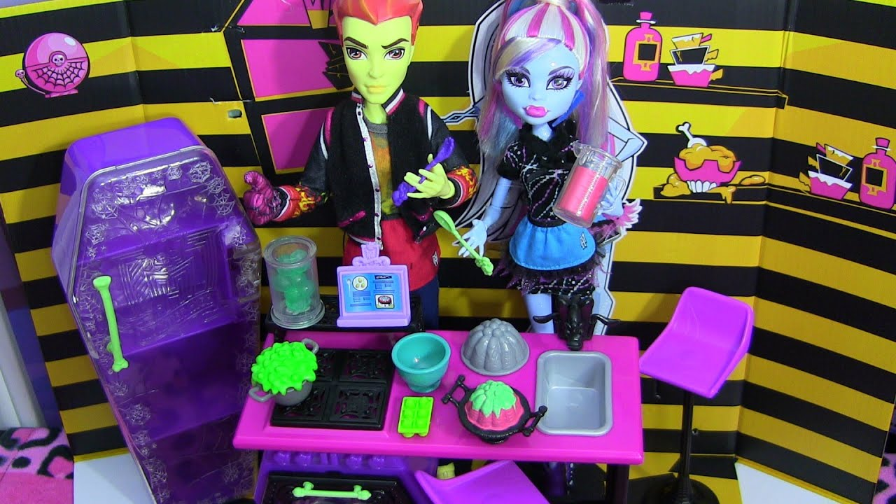 Monster High Kitchen Set