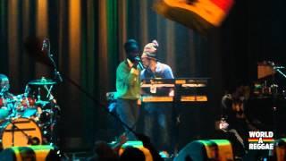 Sizzla & the Firehouse Crew live 2012 @ Melkweg, Amsterdam - Trod Mt Zion