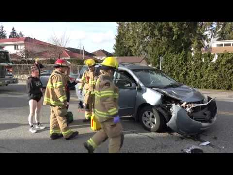 Car Crash Dewdney Trunk Rd. Coquitlam BC Canada 4K