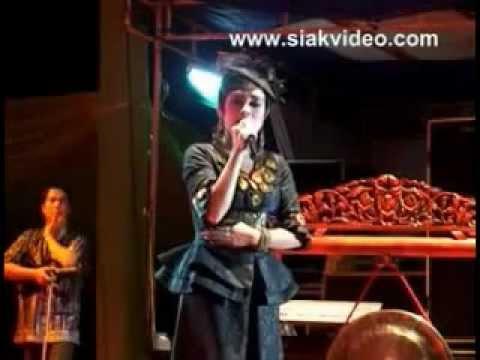 HANG TUAH - Iyeth Bustami (Live Version)