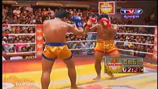 International Khmer Boxing on TV3 on 3 Nov 2013 Roeung Sophorn kh, VS Naronggwut, th