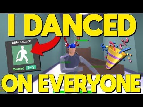 I Danced On Everyone I Killed In Strucid.. NEW DANCE