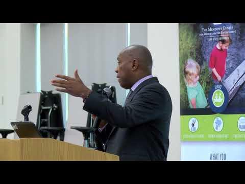 Mayor Turner Speaks to Students at Carnegie Vanguard High School  10/12/2017