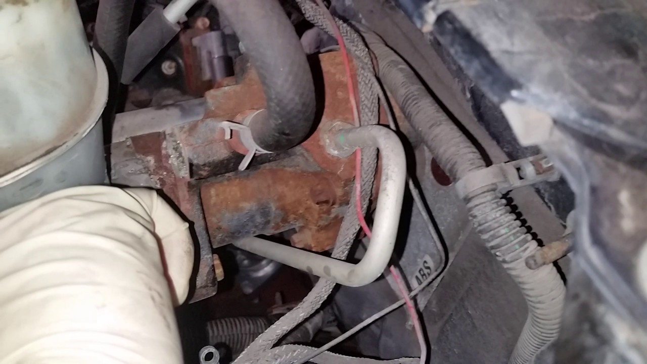 small resolution of 2005 chevy 2500hd master cylinder hydrobooster part 2