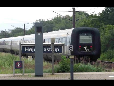 Denmark: Hoje Taastrup, 16 car IC train formed of 1 x IR4 EMU & 4 x IC3 DMUs departs for Kobenhavn H