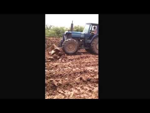 Tractor ford 6610 khmer