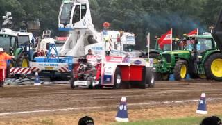 Tractorpulling Stroe 2011 Gencom Lambada 7 finale run 950 modified
