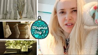 Toilet Problems & Decorating the House | Vlogmas Day 7