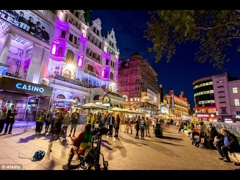 Leicester Square 2017 | What's on? | London Vlog