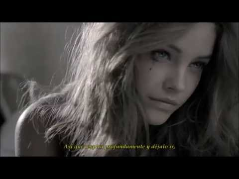 Justin Bieber - Cold Water ft.  Barbara Palvin