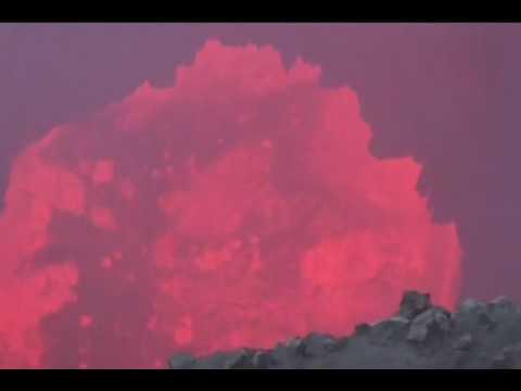 Dramatic Volcano Lava Flows of Kilauea in Hawaii.wmv