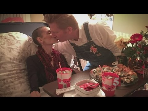 Joey Feek Dies After Courageous Battle With Cancer