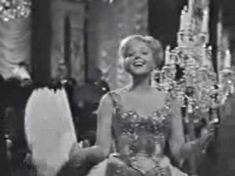 Lucia Popp - Frühlingsstimmenwaltzer (Voices of Spring)  - filmed in 1965