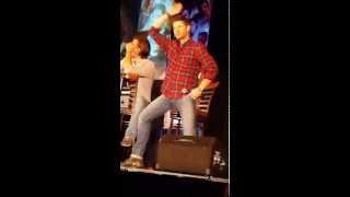 Jensen Ackles reaction car wash scene with lots of dean inner thigh