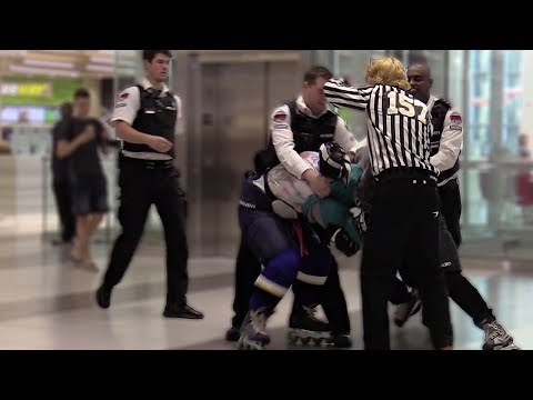 HOCKEY FIGHT IN THE MALL