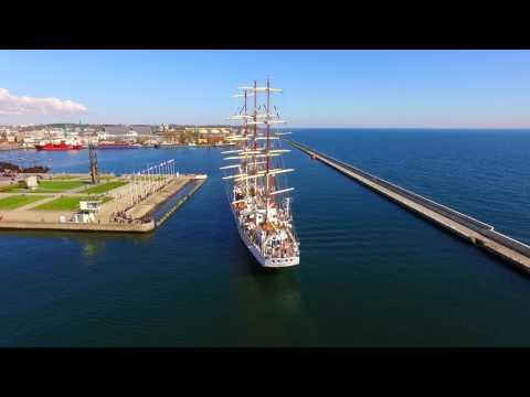 "Tall ship ( Frigate ) ""Dar Młodzieży"" return to port of registry - Gdynia"