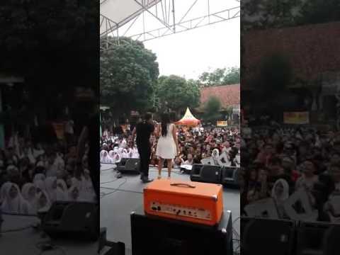 Jangan pernah selingkuh - Ato Angkasa feat Mingming Viona