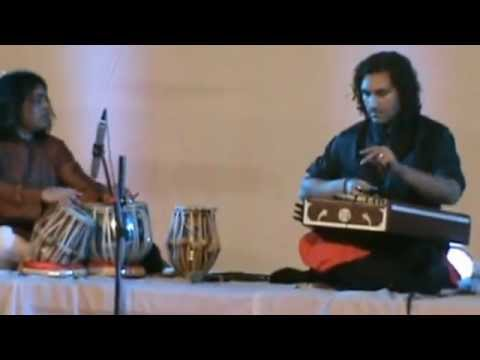 Rahul Sharma (santoor) Hindole Majumdar (tabla) - gat part 3 drut teen taal