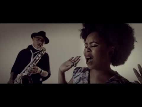 Zahara - Umfazi feat. Kirk Whalum [Official Video]