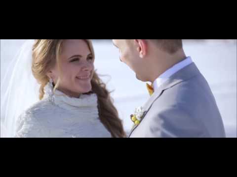 Жених поет на свадьбе