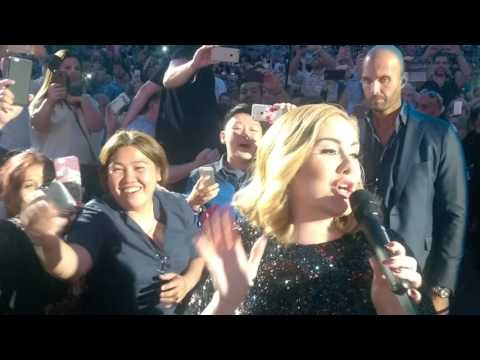 Adele - FANTASTIC CLOSE UP WALK PAST! in Verona Arena Italy - 'Hello' Entrance 28th May 2016