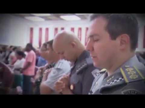 Faça parte do grupo da Universal nas Forças Policiais